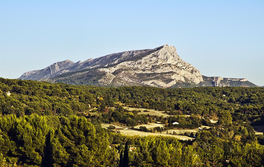 sainte victoire mature dating site In the heart of the trets terroir, next to mont sainte victoire côtes de provence sainte victoire.