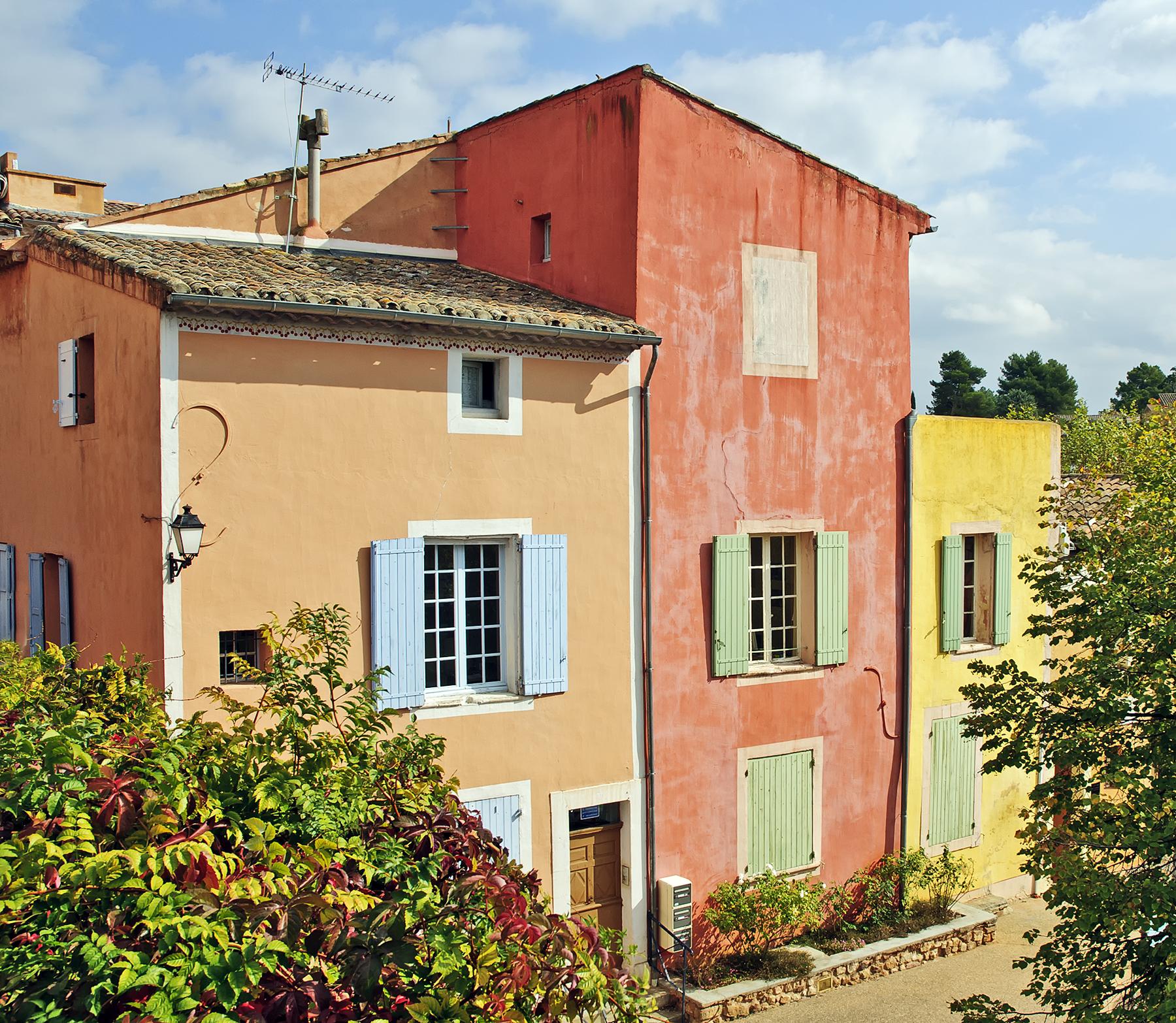 Couleurs Facades En Provence un tour photographique de roussillon (version française