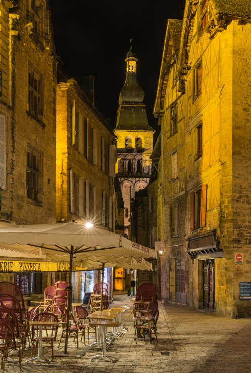 Closing Time in Sarlat